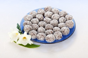 Cakes with grated coconut